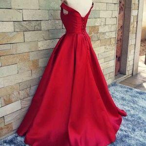 Dresses - New off-shoulder satin gown